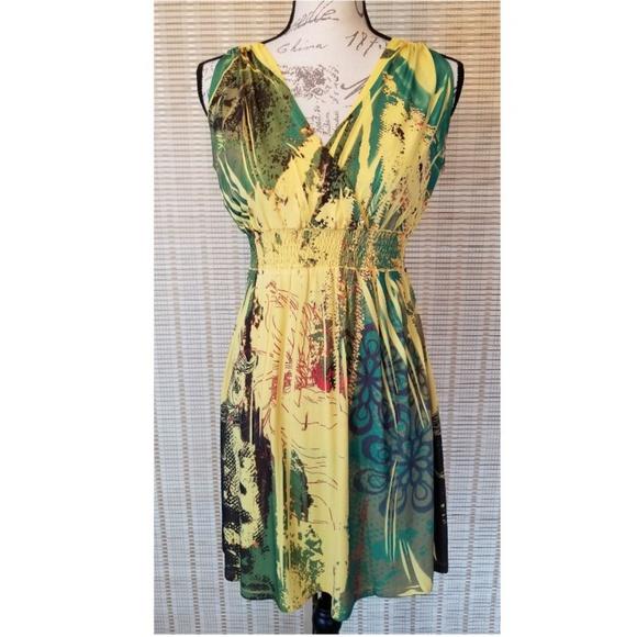 Fresh of LA Dresses & Skirts - Soft 🍋Yellow 🍋 Print Flowy Halter Dress